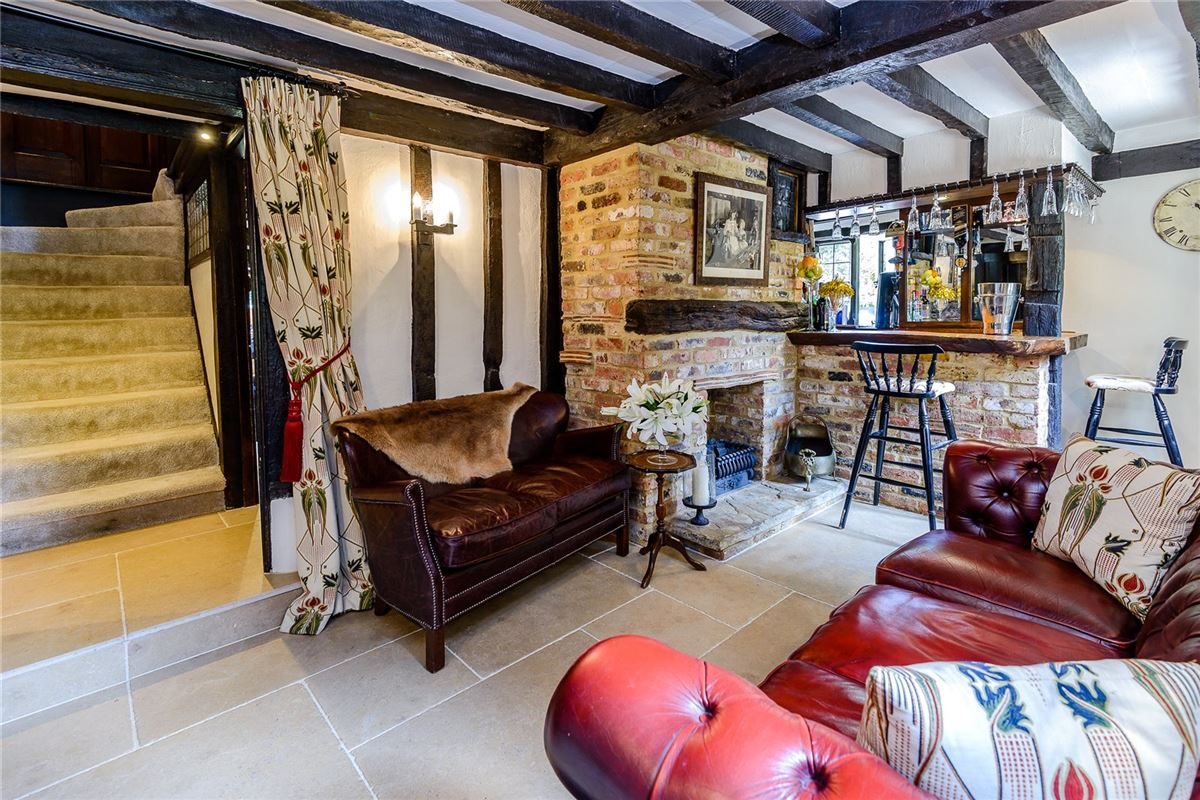 Old Clack Farm in harefield luxury real estate