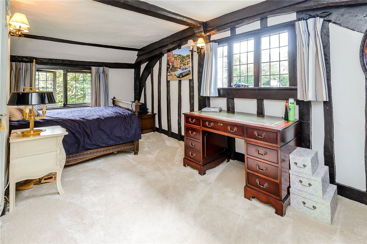 Old Clack Farm in harefield luxury homes