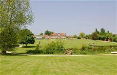Luxury homes Lakeside Manor