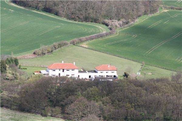 Fairfolds luxury real estate