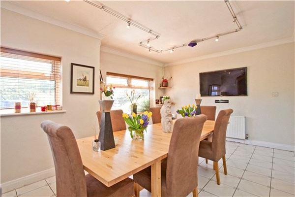 Luxury homes Fairfolds