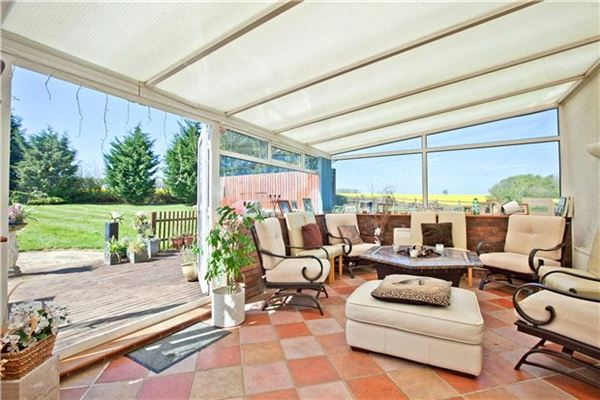 Fairfolds luxury properties