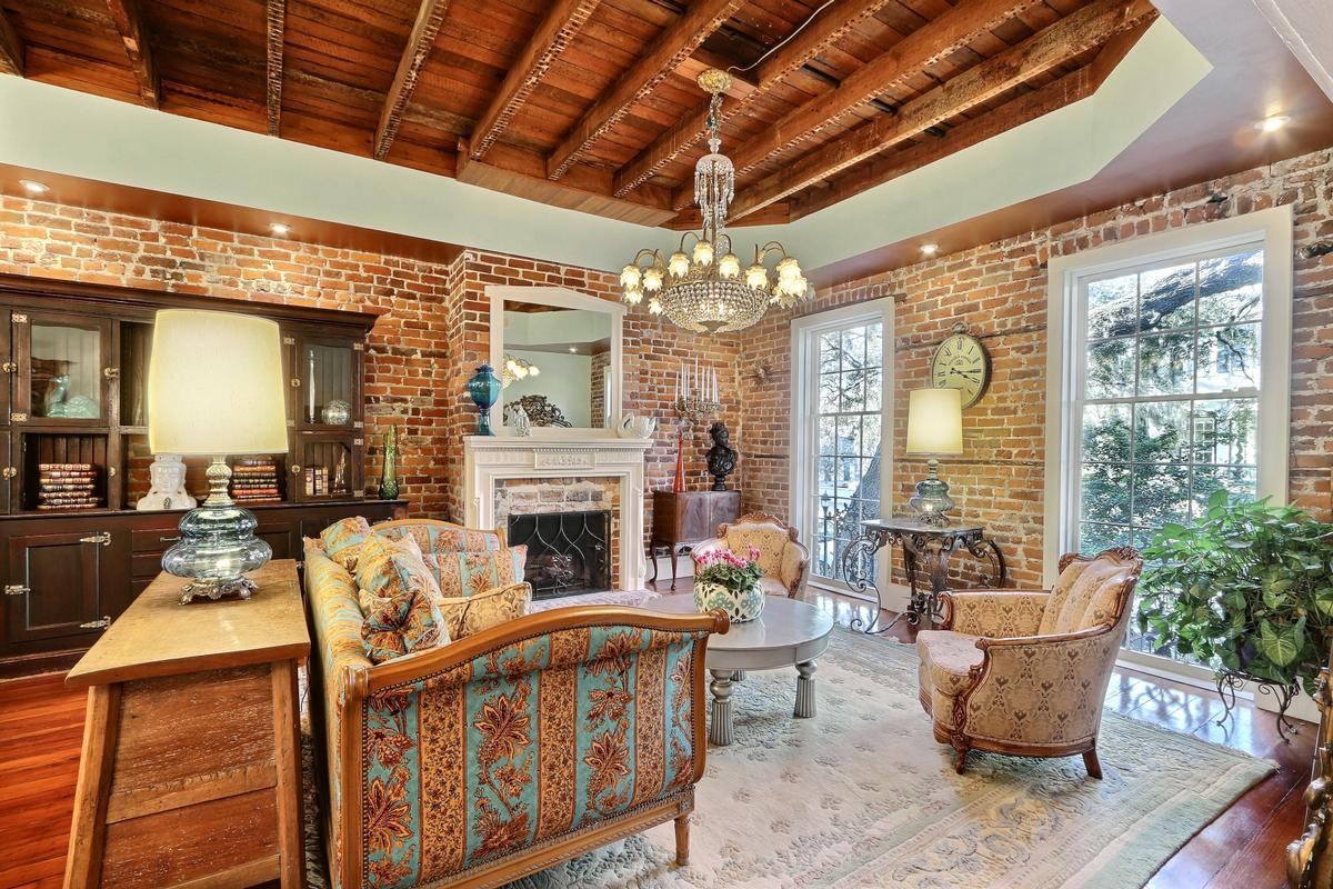 Luxury homes Jones Street Townhome