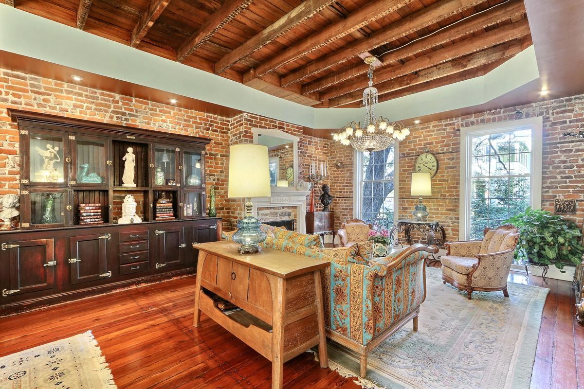 Luxury properties Jones Street Townhome