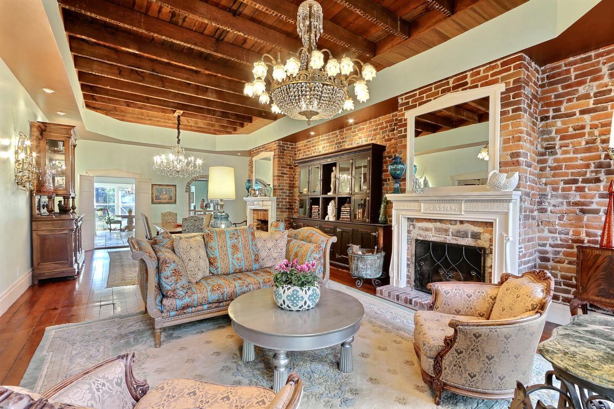 Luxury real estate Jones Street Townhome
