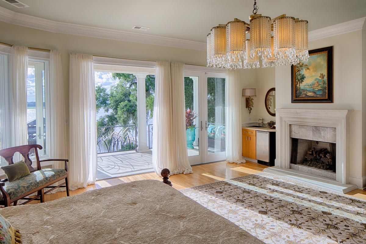 Deep Water Jewel luxury homes