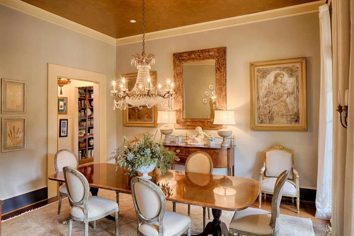 Luxury properties Tuscan Style Deepwater Home