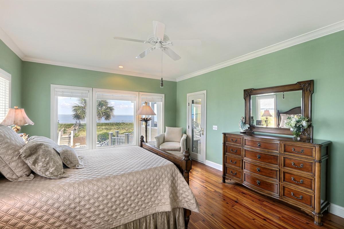 Harbor Island luxury real estate