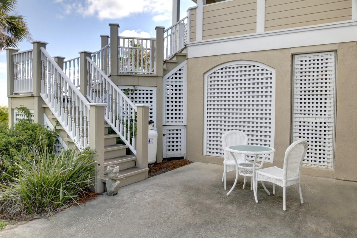 Luxury homes Harbor Island