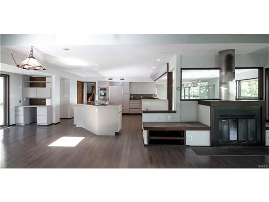 Luxury real estate stunning Charles Winter designed Contemporary