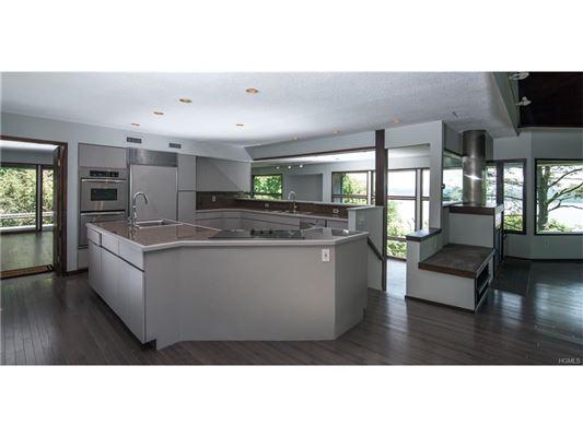 Luxury properties stunning Charles Winter designed Contemporary