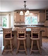 Luxury homes Luxurious living in Upper Grandview