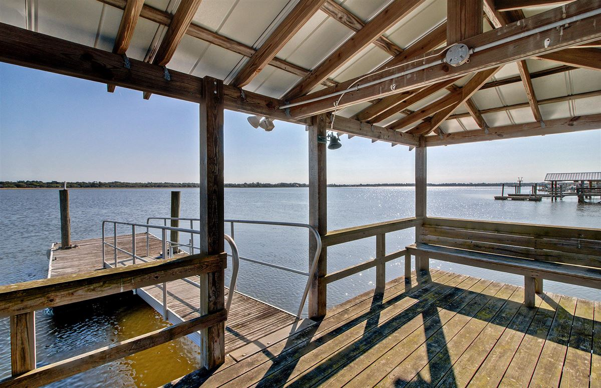 Deepwater home on the stono river luxury real estate