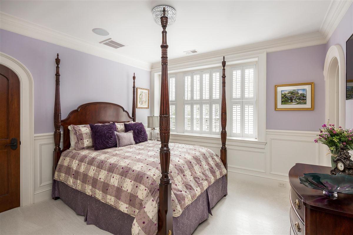 Luxury real estate restored Cotton warehouse
