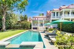 Luxury homes The Robert Finwick Giles House