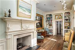 an elegant house in Charleston luxury properties