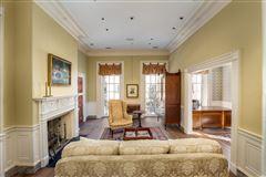 an elegant house in Charleston luxury homes