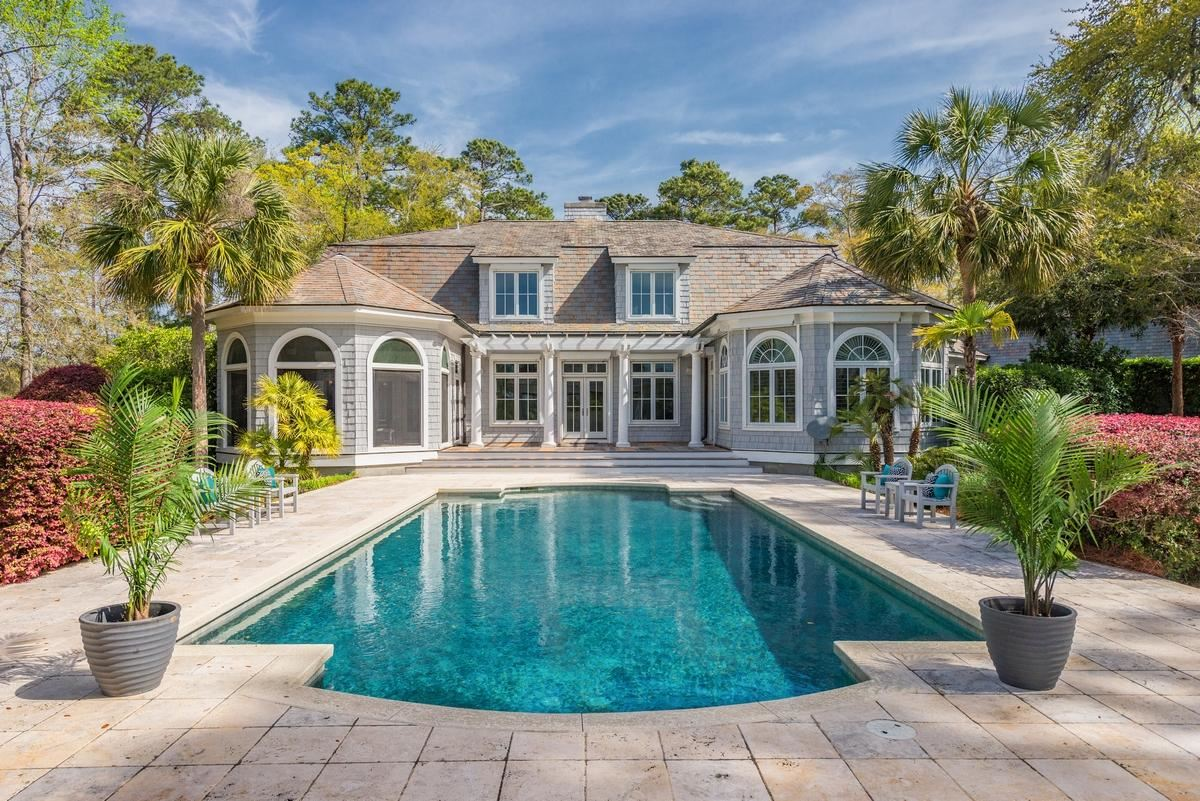 Luxury homes in Spectacular waterfront property