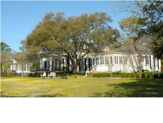 Luxury homes Picturesque Plantation home in georgetown