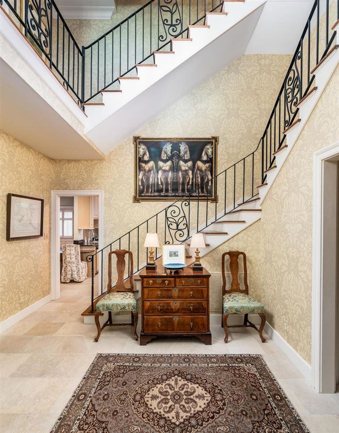 Luxury homes chic compound in historic south of broad