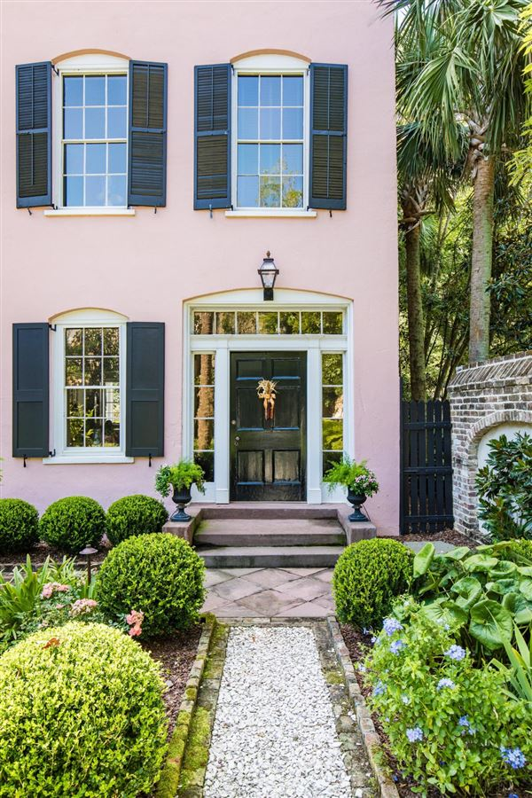 Elegance, history, and unparalleled privacy luxury homes