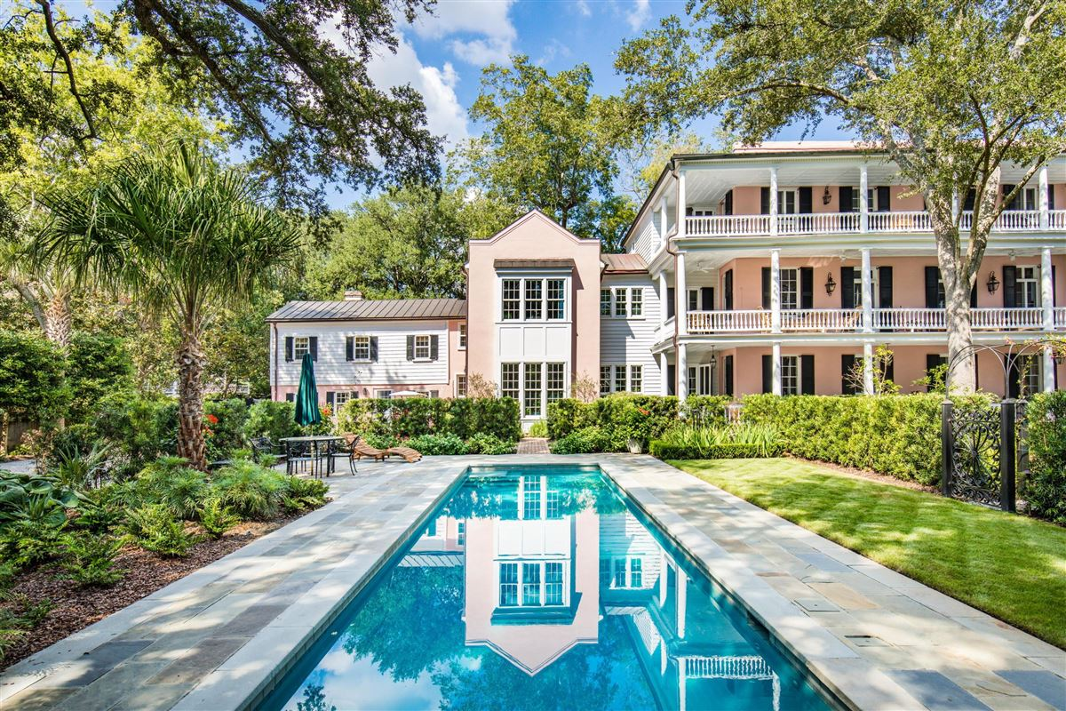 Elegance, history, and unparalleled privacy mansions