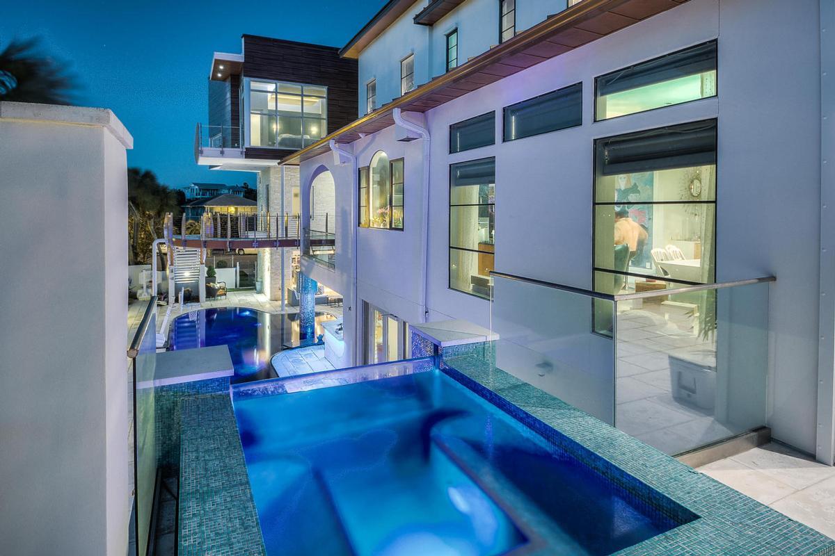 Casa Amore mansions