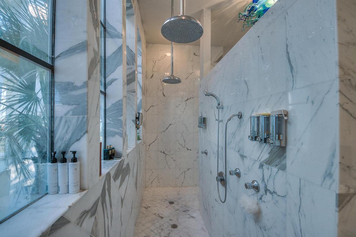 Luxury homes Casa Amore