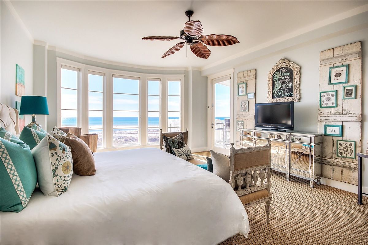 Luxury real estate this Beautiful condo has amazing views of the Gulf