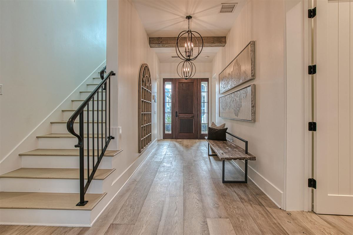 Luxury real estate EXCEPTIONAL new home
