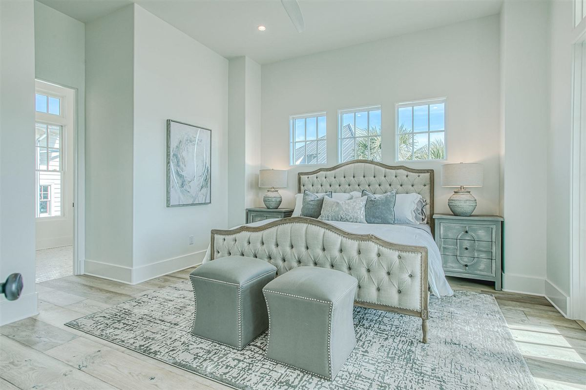EXCEPTIONAL new home mansions