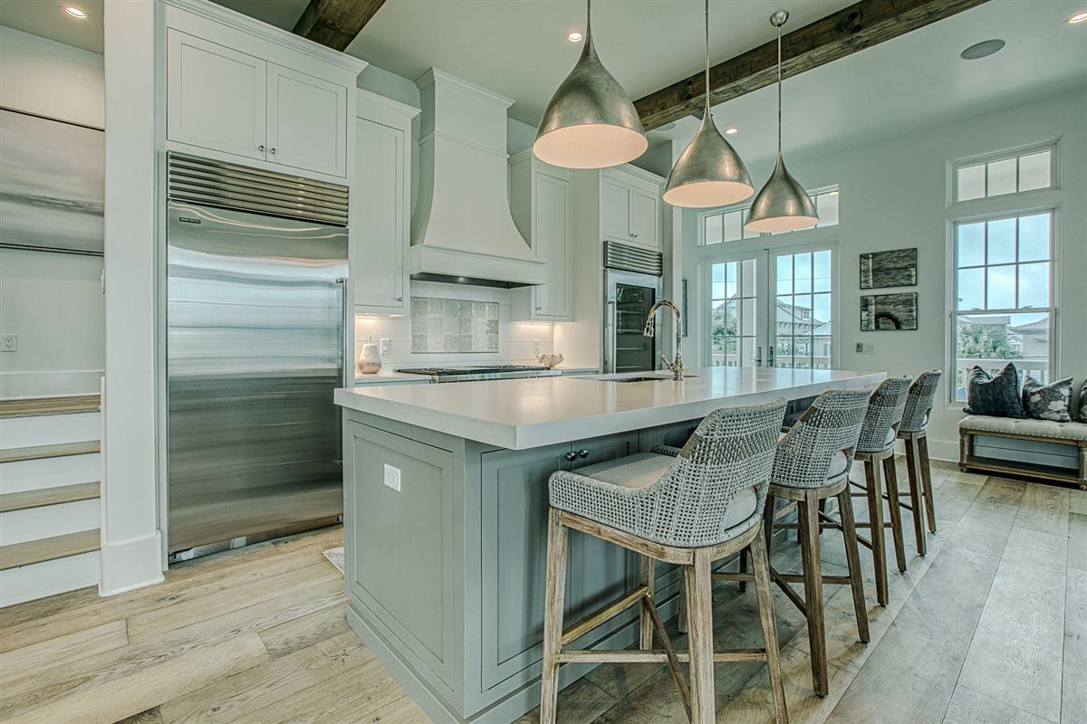 EXCEPTIONAL new home luxury real estate