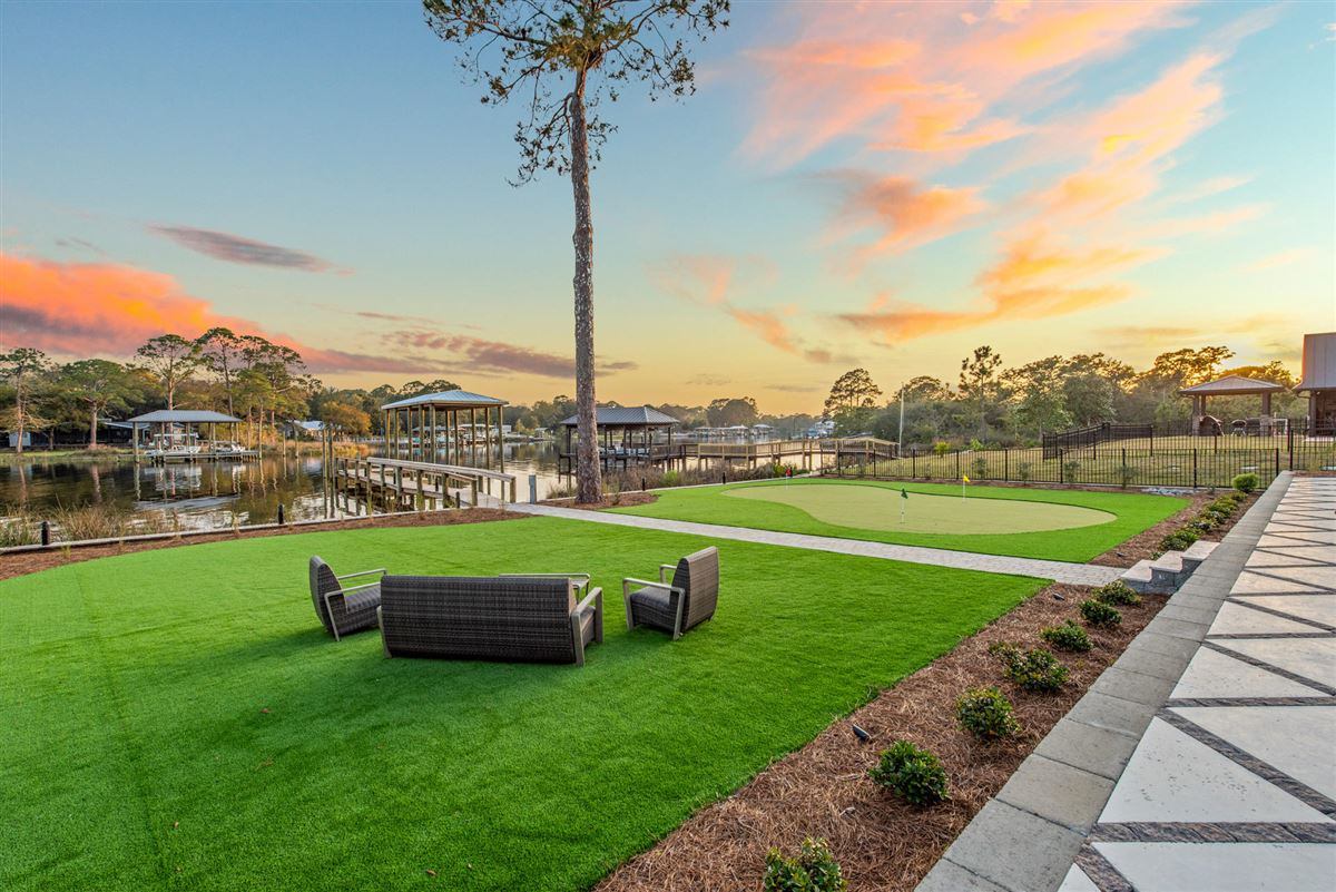 the perfect Waterfront Property luxury homes