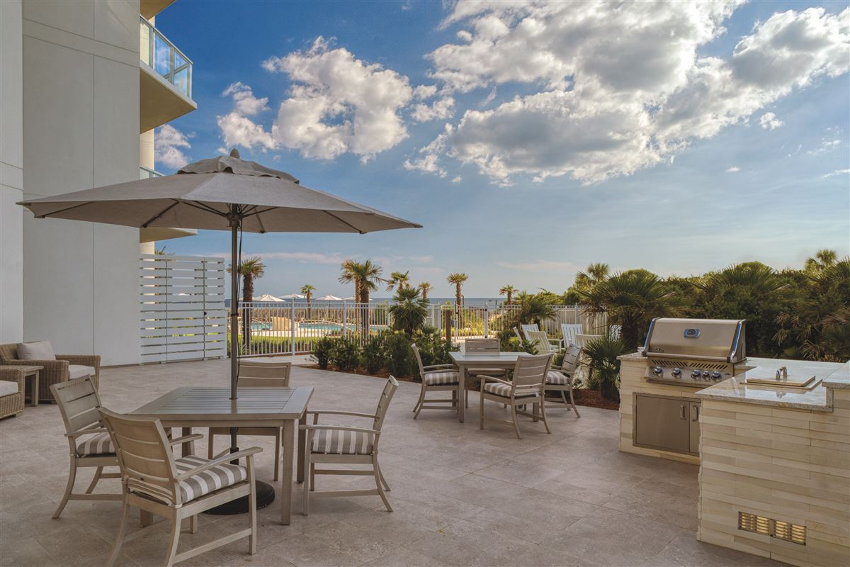 three bedroom unit with convenient gulf-front access luxury real estate