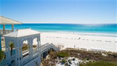 build an impressive home on This large gulf front lot luxury properties