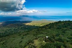 Mansions in the most breathtaking views in kula