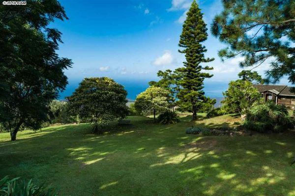 Luxury properties the most breathtaking views in kula