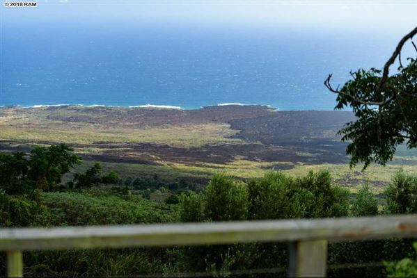 the most breathtaking views in kula luxury homes