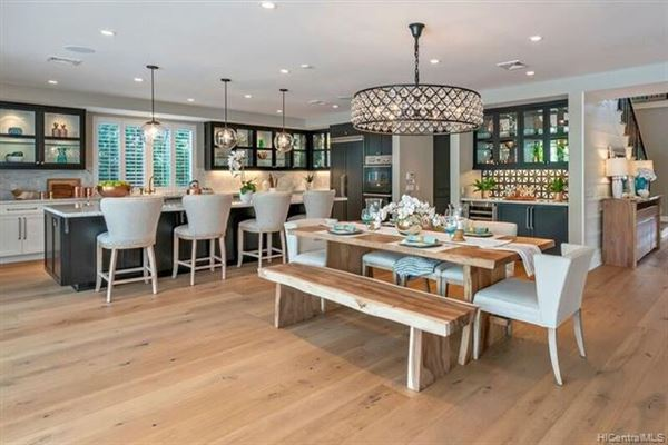 magnificent  indoor-outdoor living luxury homes