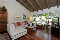 Luxury properties ISLAND LIVING AT ITS BEST in honolulu