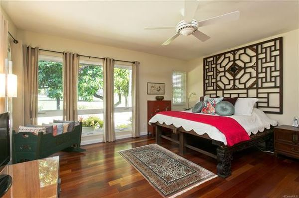 Mansions ISLAND LIVING AT ITS BEST in honolulu