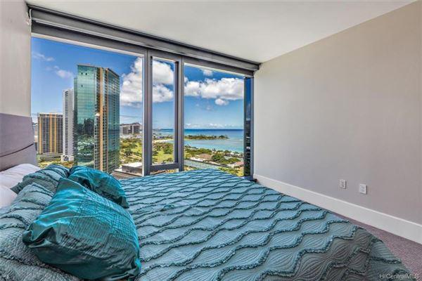 corner unit with fantastic views mansions