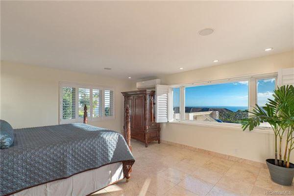 beautiful hillside villa luxury properties