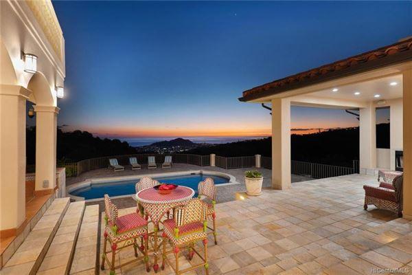 beautiful hillside villa luxury homes