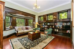 Luxury homes stately restored queen Anne - National Historic residence
