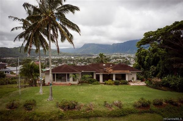 tranquil oasis high above Kaneohe Bay luxury properties