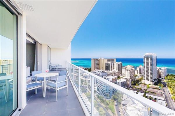 Mansions exquisite Ritz-carlton three bedroom residence