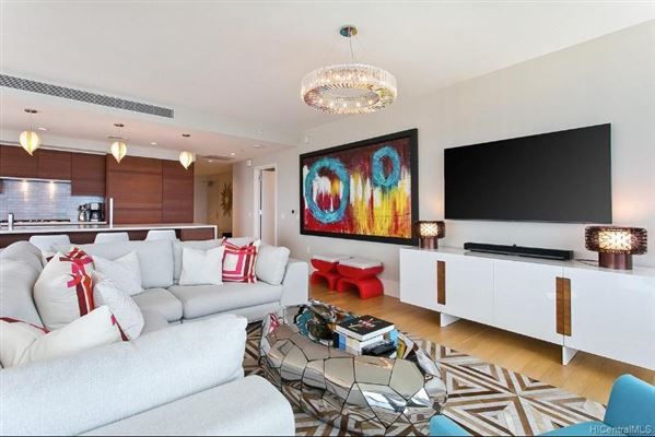 Luxury real estate extensively upgraded three bedroom unit
