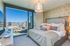 extensively upgraded three bedroom unit luxury properties