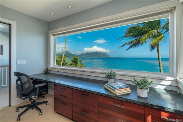 luxurious waterfront executive home luxury properties
